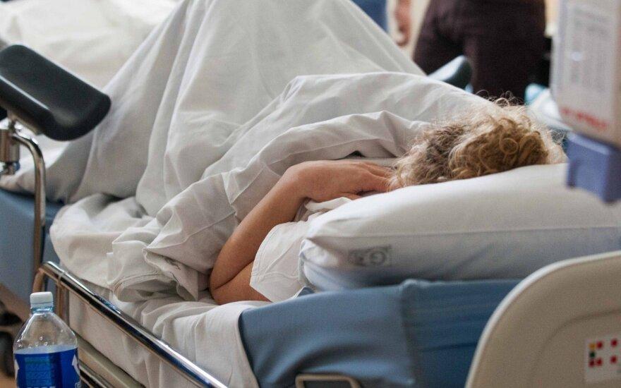 Врачи рассказали о состоянии роженицы, ребенок которой умер во время родов на дому