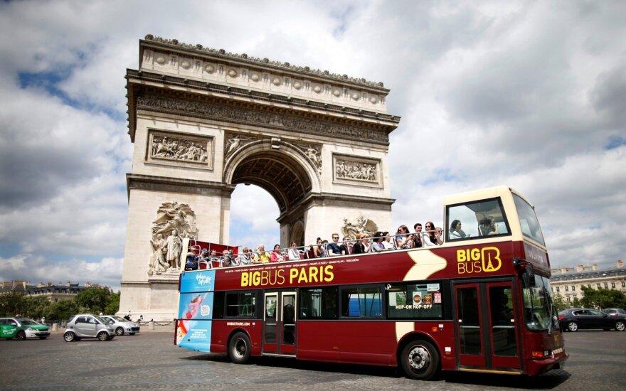 Парижский водитель высадил весь автобус, чтобы дать место инвалиду