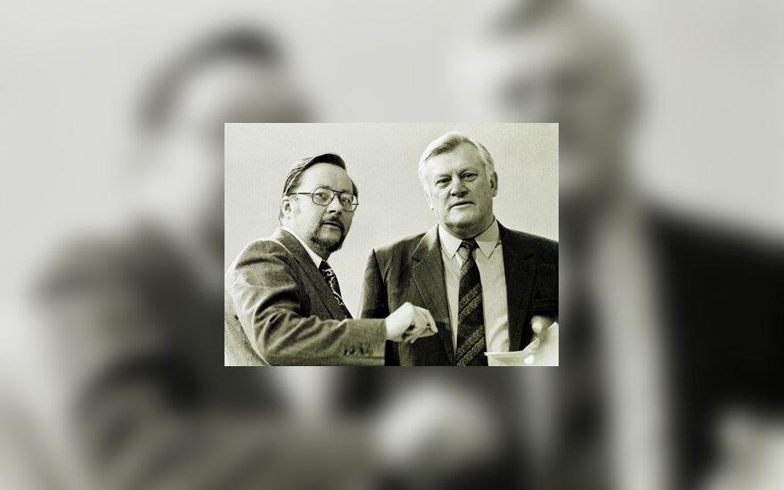 ARCHYVAS. Atkuriamojo Seimo Pirmininkas Vytautas Landsbergis (k) ir į tas pareigas siūlytas, bet deputatų daugumos nepalaikytas Algirdas Brazauskas, vadovavęs paskutinei sovietinei Aukščiausiajai tarybai.