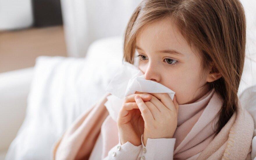Из-за гриппа и ОРЗ карантин объявлен в 135 школах Литвы
