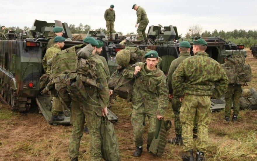 30 литовских военных участвуют в международных учениях на Украине