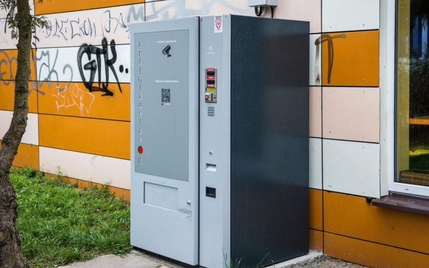 Департамент пока не запрещает хранилища алкогольных напитков, появившиеся в Вильнюсе