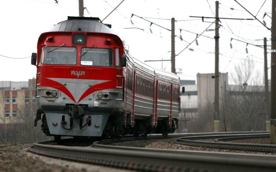 В Вильнюсе поезд сбил двух человек