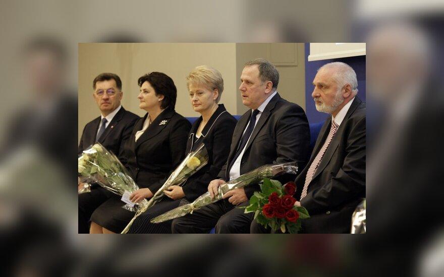 """Фаворит """"президентского рейтинга"""" не меняется"""