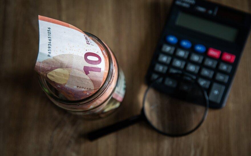 Депутаты предлагают увеличить однократные выплаты до 300 евро