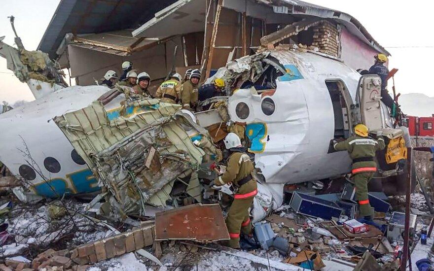 Названа новая версия крушения самолета в Казахстане