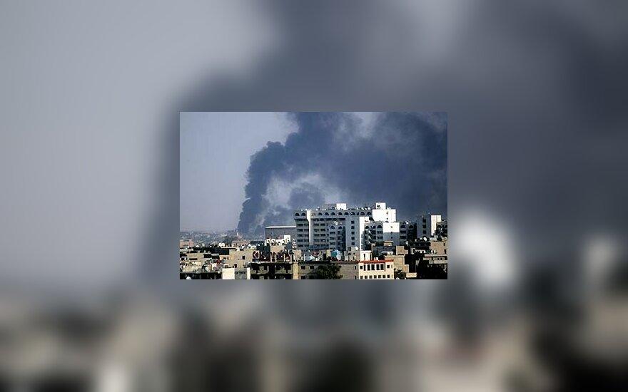 Bagdade nugriaudėjo du sprogimai