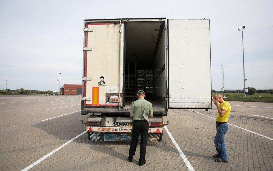 Строгие проверки на границе с Беларусью повышают стоимость услуг перевозчиков