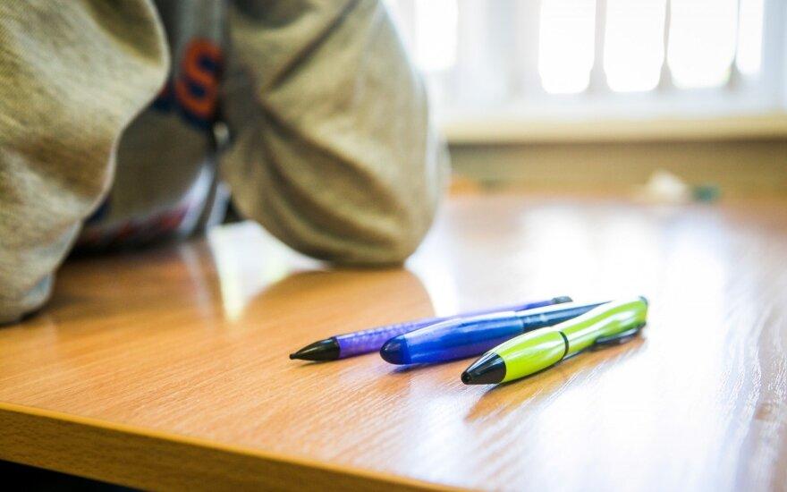 После инцидента в вильнюсской школе – письмо ученика: наркотики принимают даже шестиклассники
