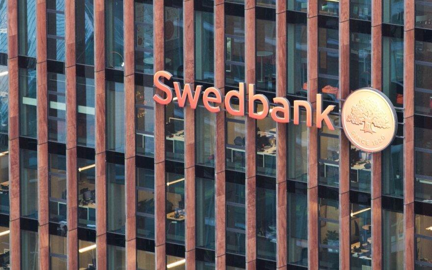 Латвия: Swedbank существенно снизит платежные лимиты для тех, кто пользуется картой кодов