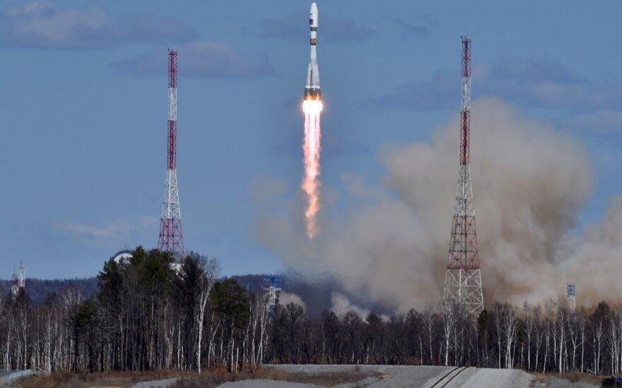 Первую ракету с космодрома Восточный запустили со второй попытки