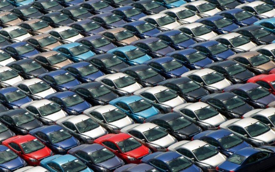 Продажи новых авто в Латвии не оправдали ожиданий
