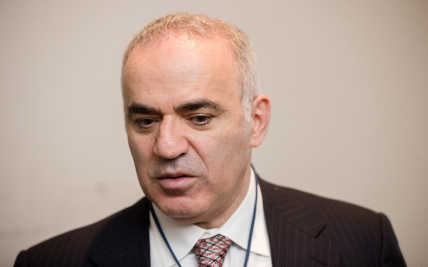 Гарри Каспаров в Вильнюсе: Агония режима может быть продолжительной и кровавой