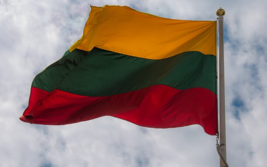 Prizas – Lietuvos vėliava.