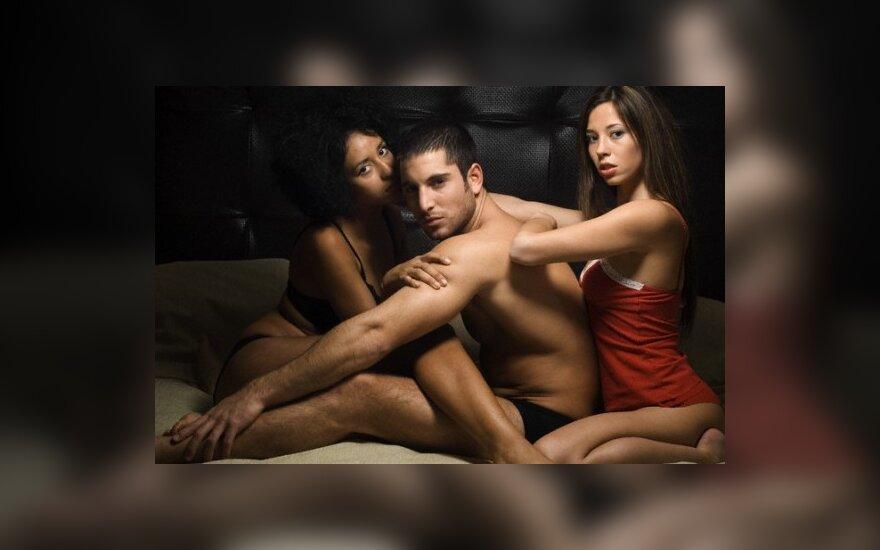 Групповой секс закрытое мероприятие