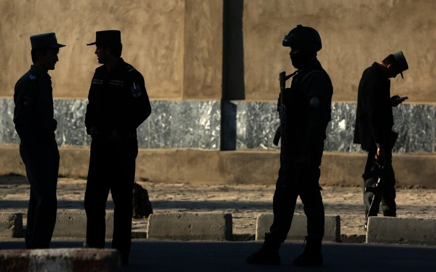 В Афганистане после столкновения с бензовозом загорелись автобусы: минимум 50 погибших