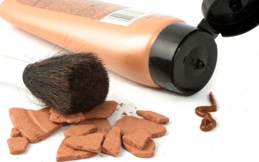 Пудра, тон или консилер: как правильно подобрать средства для макияжа?