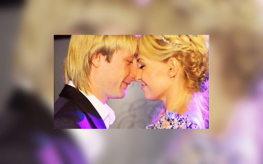 Рудковская и Плющенко обвенчаются после 7 лет брака