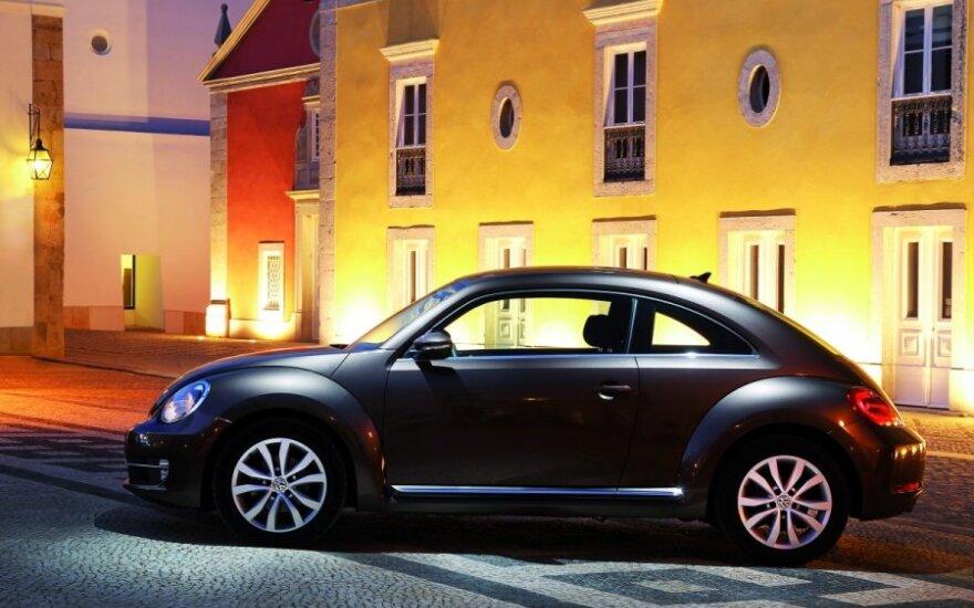 Паневежская полиция разыскивает таинственную женщину на VW Beetle
