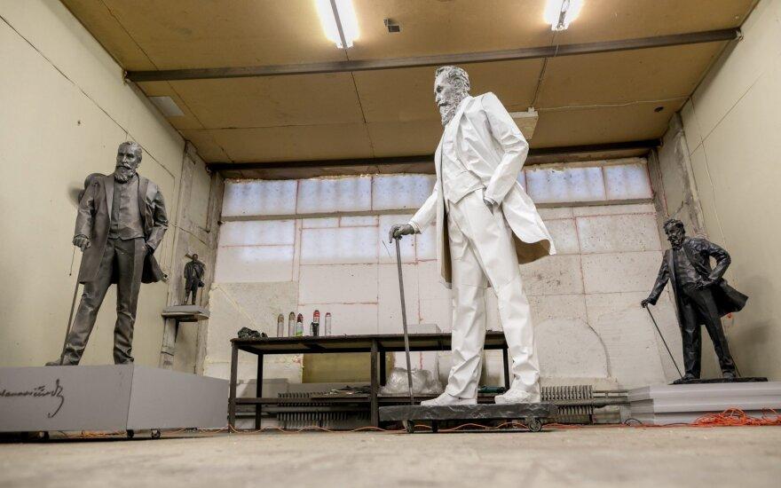 Скульптор рассказал о работе над памятником архитектору литовской государственности Басанавичюсу