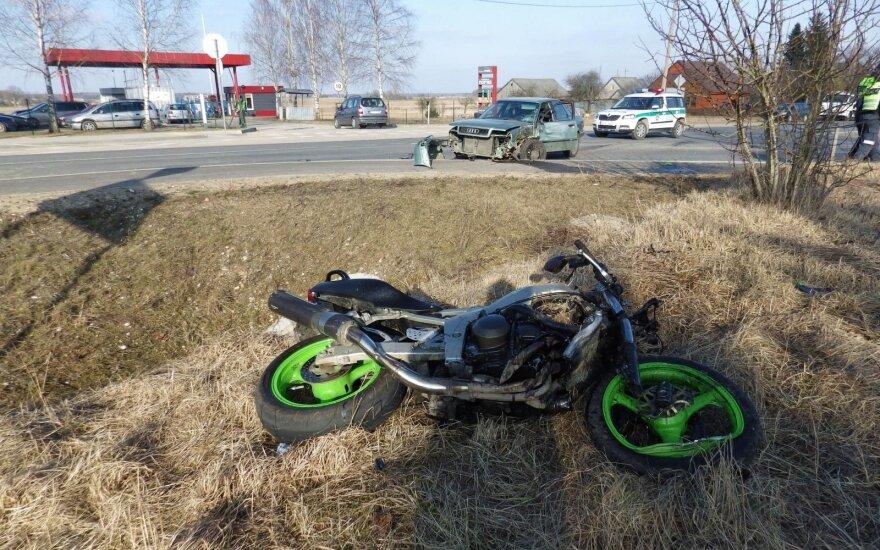 Попавший в аварию 18-летний юноша не выжил