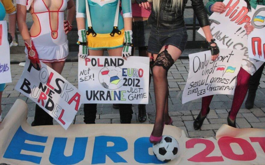 """""""Femen"""" akcija prieš sekso turizmą"""
