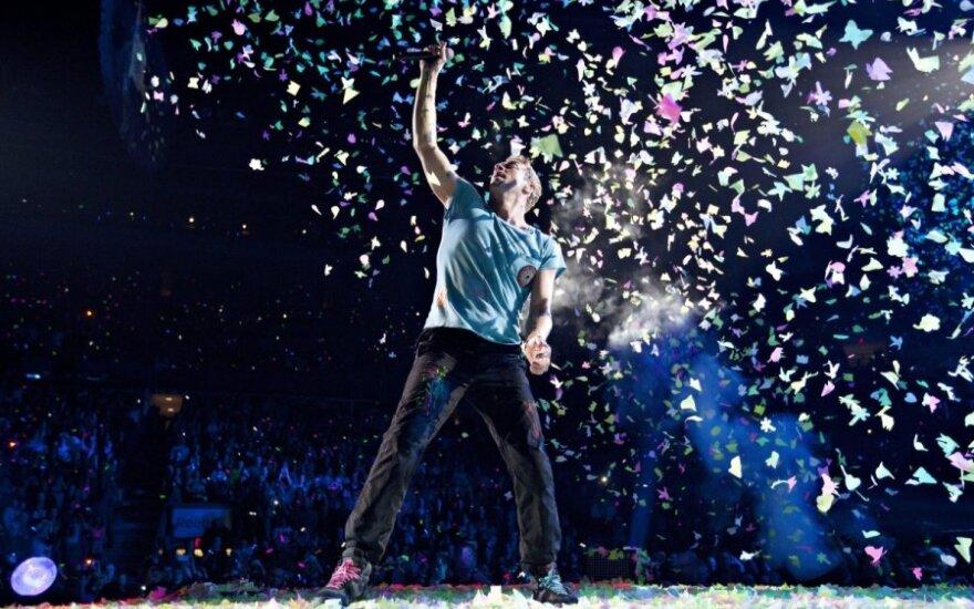 Lider Coldplay odda gitarę na cele charytatywne