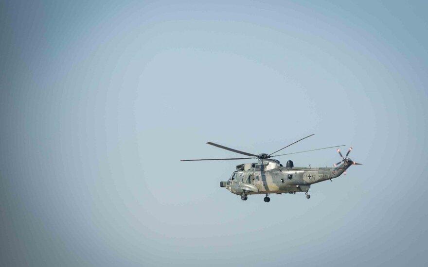Литовская армия отправляет вертолёт для тушения пожара в Латвии