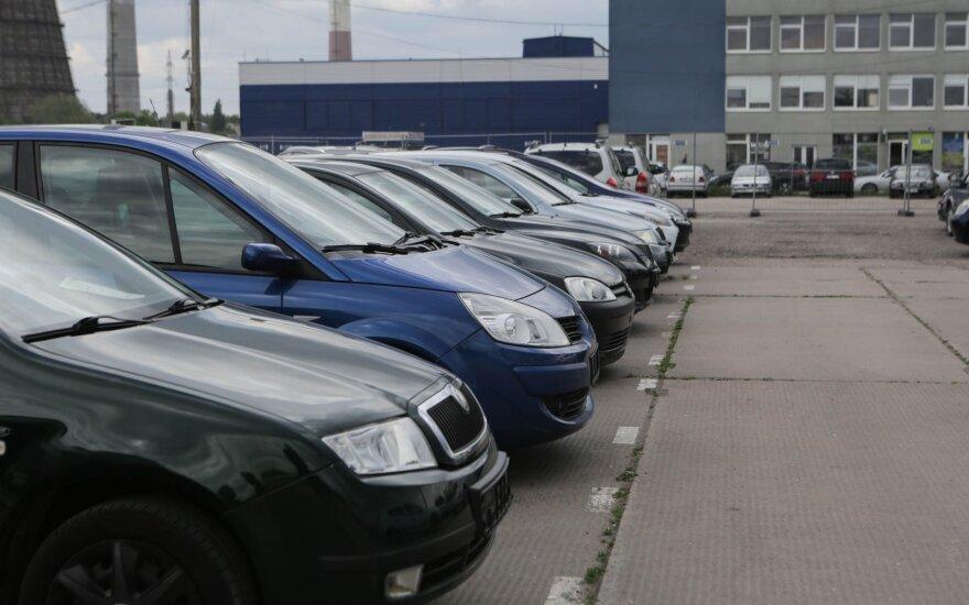 Рынок новых автомобилей в этом году сократился на 26,5%