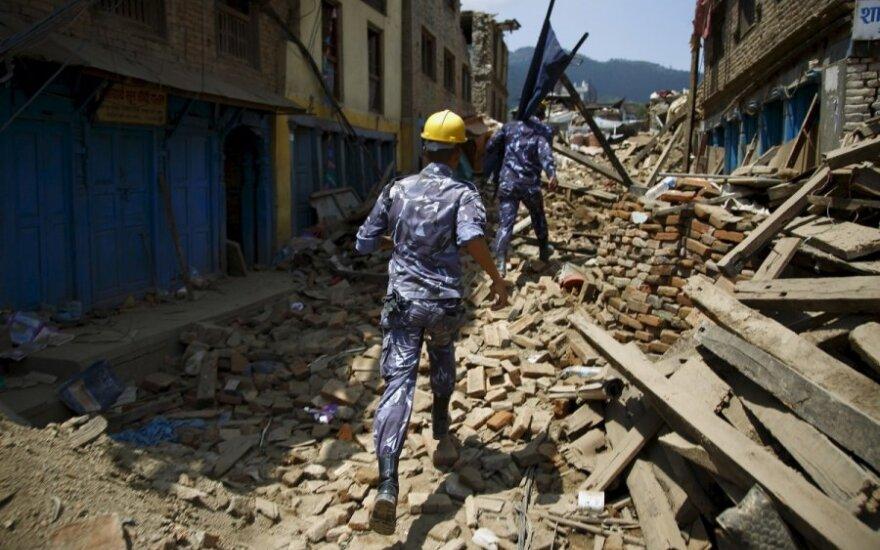 Новые землетрясения в Непале: число жертв растет