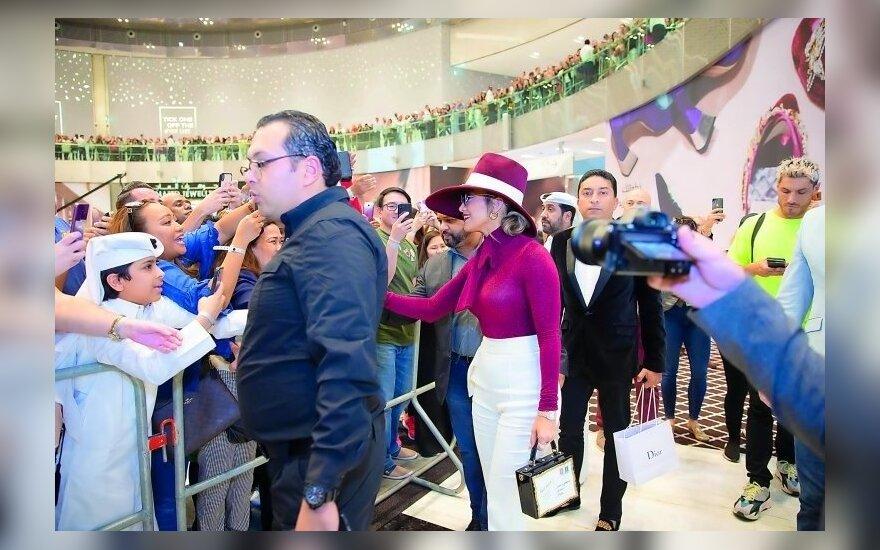 Дженнифер Лопес заработала 2 миллиона за 20 минут в Катаре