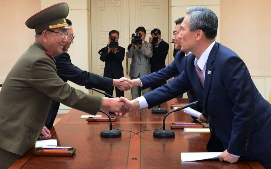 Сеул готов к переговорам об отмене санкций против КНДР