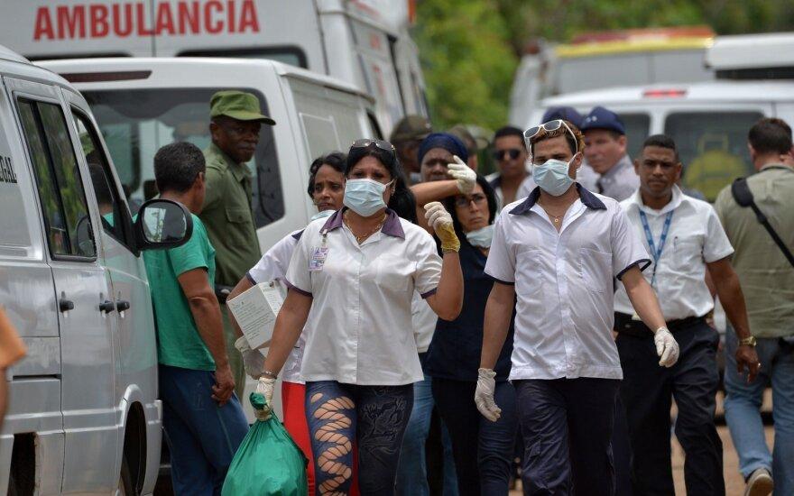 Kuboje sudužo keleivinis lėktuvas
