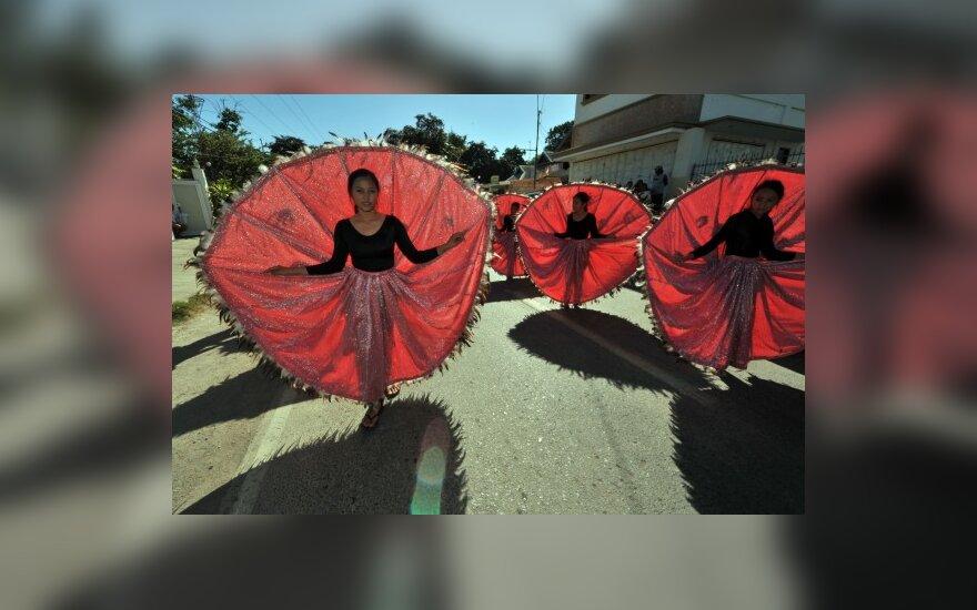 """Фестиваль """"Птицы и яйца"""" на Филиппинах"""