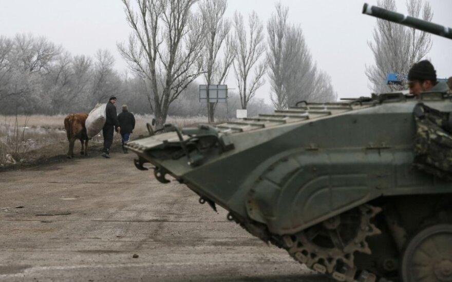 Первые часы перемирия в Донбассе: спорадическая стрельба