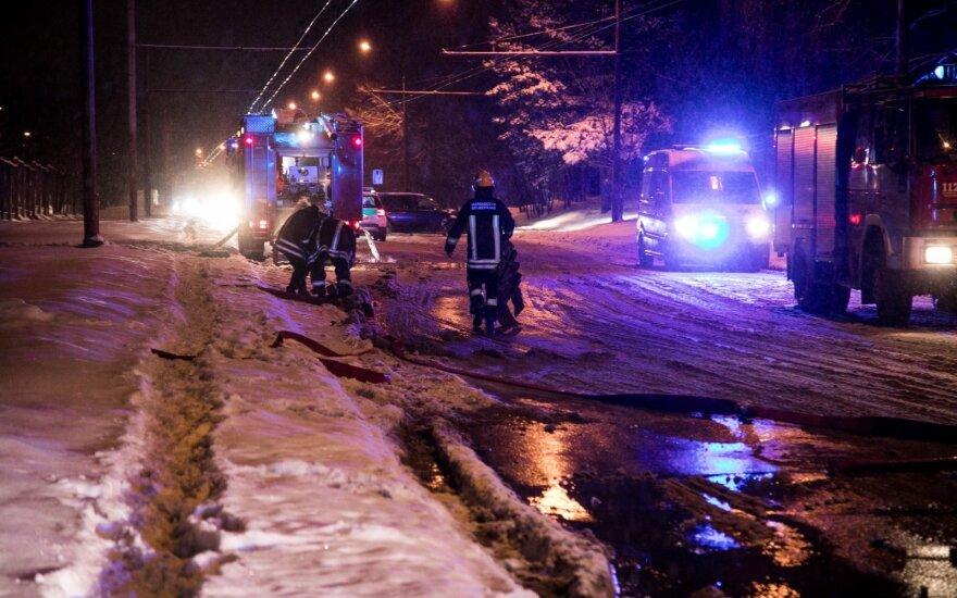 Из-за пожара в Вильнюсе ограничено движение