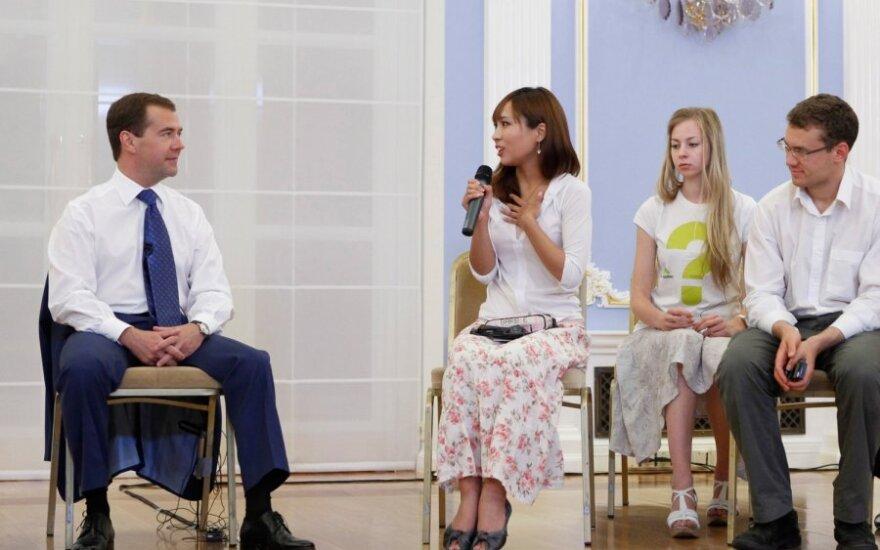 Медведев: у Обамы фолловеров больше, чем у меня