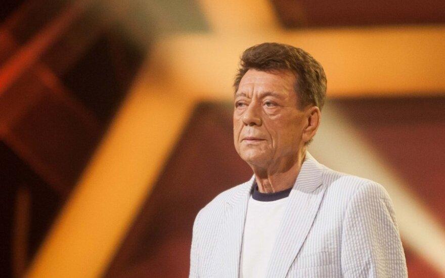 Исполнителя Повилайтиса с концерта увезли в больницу