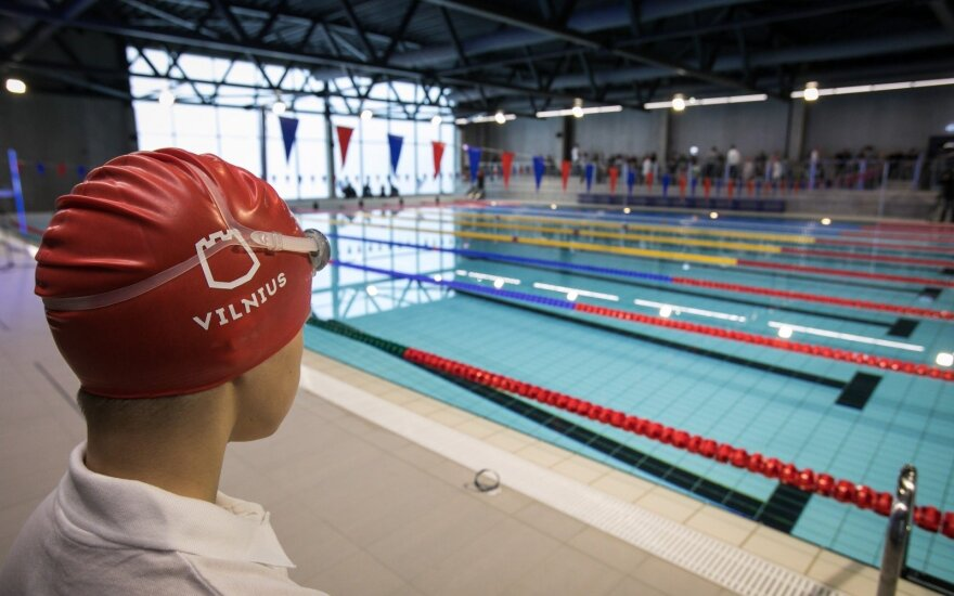 Родители возмущены: свободных мест в новом бассейне не осталось через 5 минут
