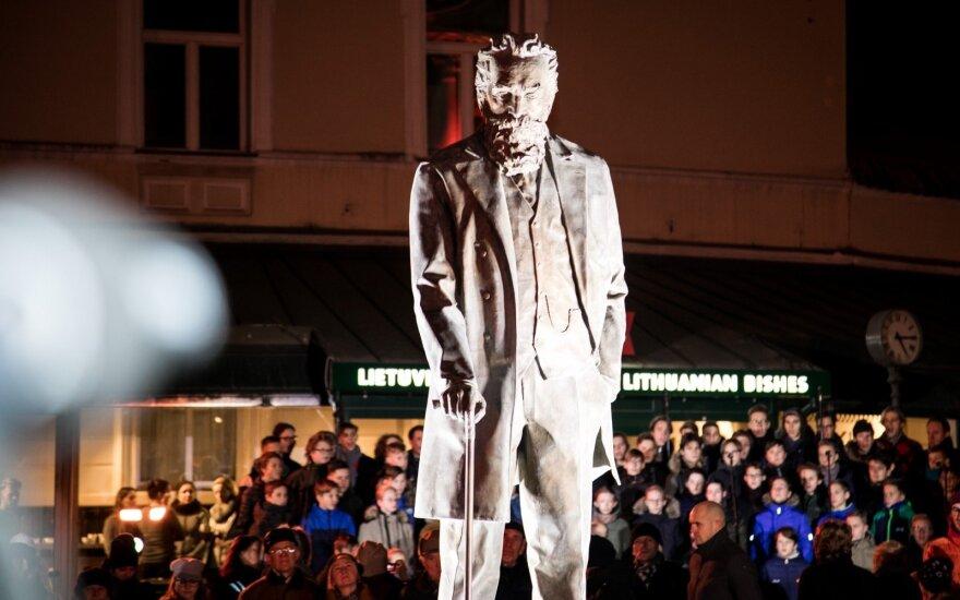 В Вильнюсе был открыт памятник Йонасу Басанавичюсу
