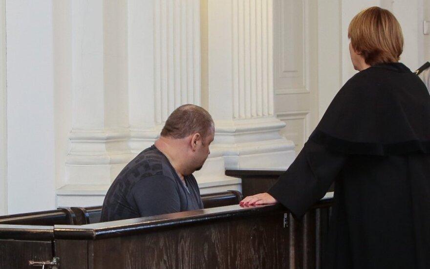 Адвокат: обвиняемый по делу 13 января Мель - жертва и заложник