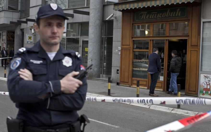 В Сербии вооруженный автоматом мужчина устроил бойню в кафе