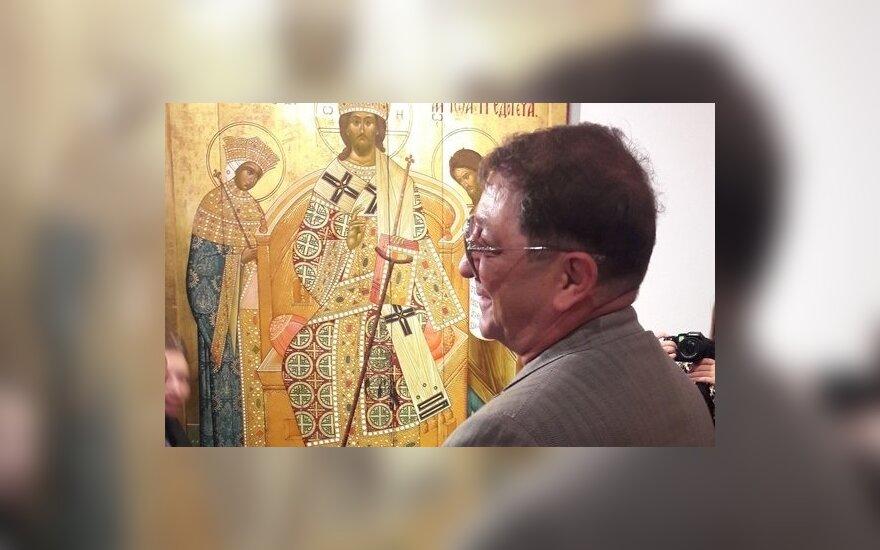 Лепс скрывает икону, которую ему подарил Путин