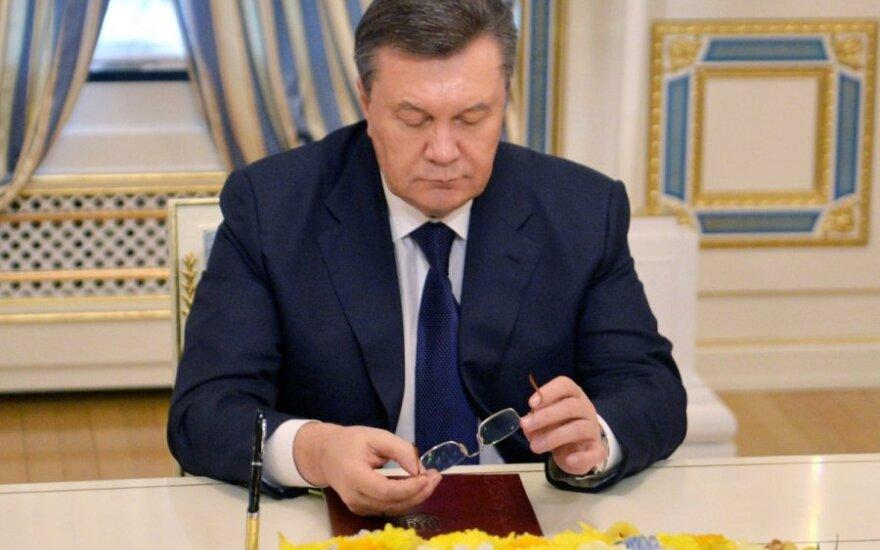 Ukraina: Za Janukowyczem wysłano listy gończe