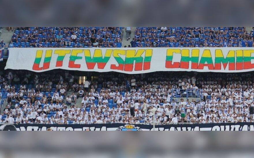 Lietuvius įžeidžiantis plakatas Paznanės stadione