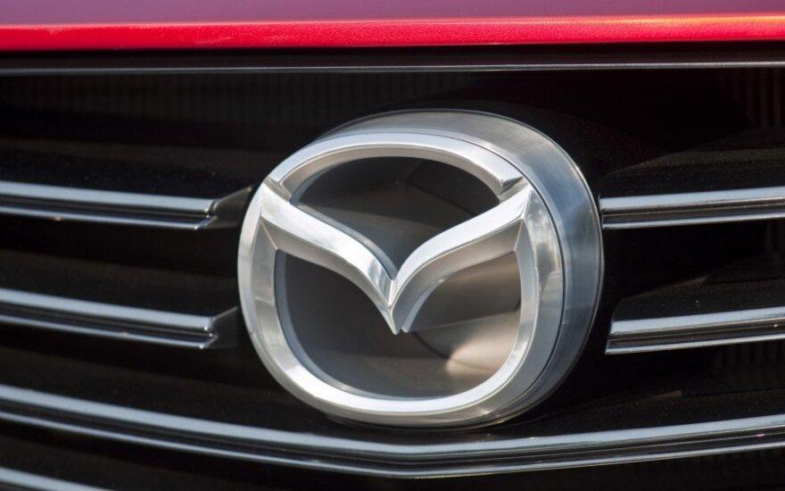 Папарацци начали охоту на новую Mazda 6