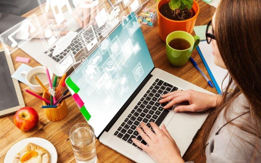 Polacy często szukają rad w internecie