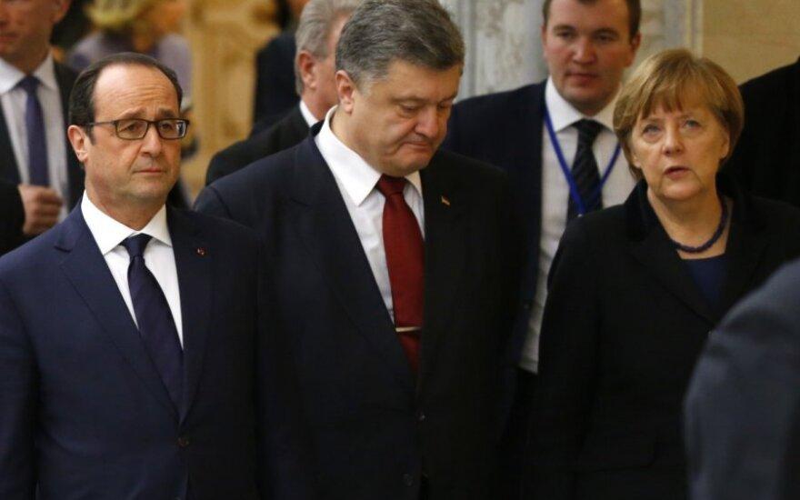 """Переговоры в Минске будут продолжены, у Порошенко """"хороших новостей пока нет"""""""