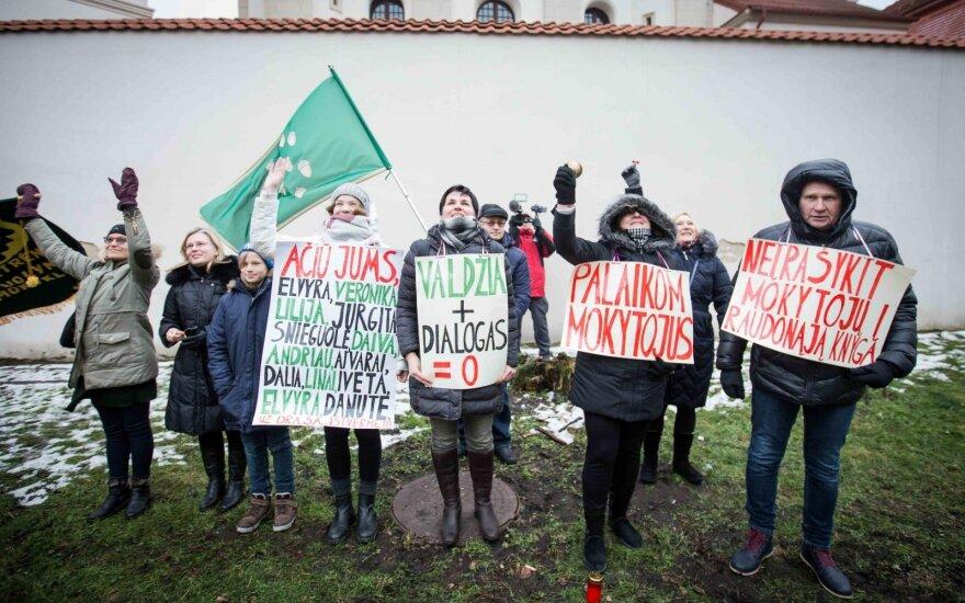 Департамент статистики: в конце 2018 года в Литве бастовало почти 3,7 тыс. учителей