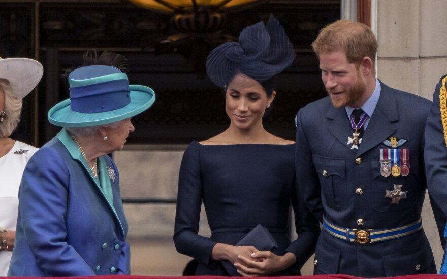 Princas Harry, Meghan ir Elžbieta II
